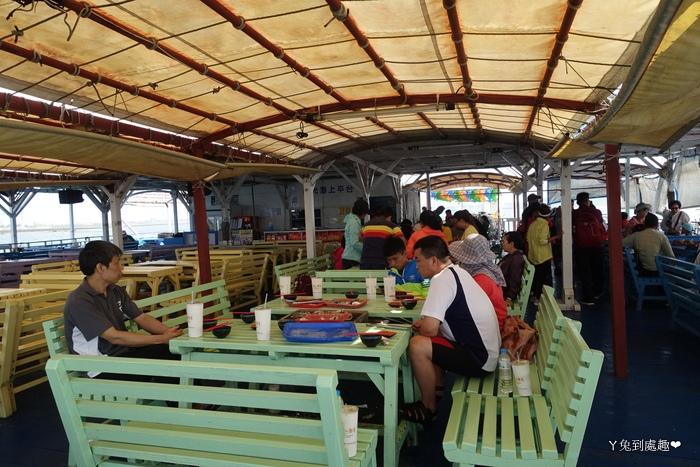 星光海洋牧場用餐區