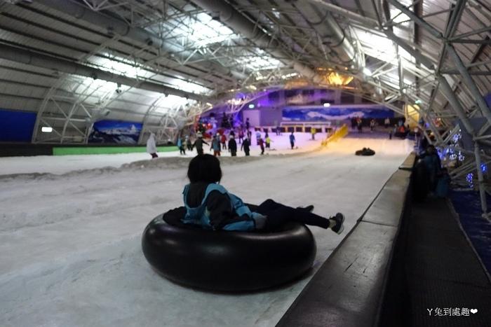 小叮噹室內滑雪場 免費滑雪圈