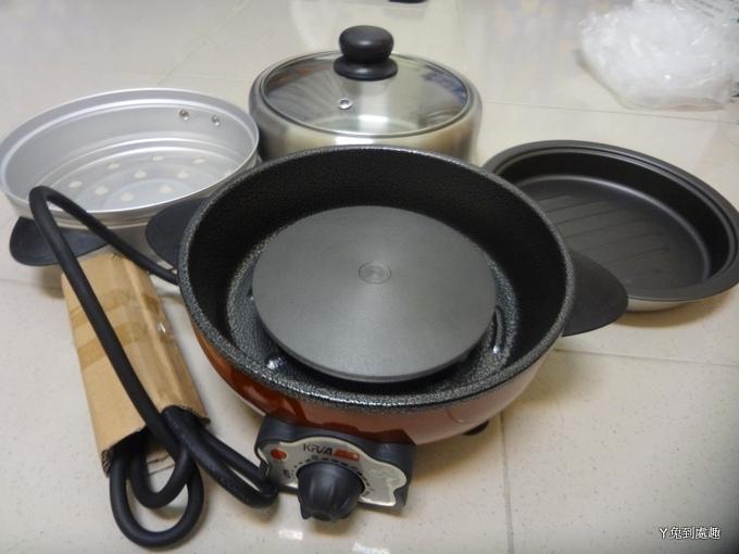 可利亞蒸煮烤三用料理鍋