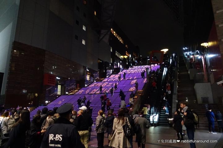 京都車站階梯秀